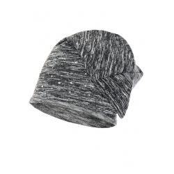 Cienka czapka jety swetrówka.